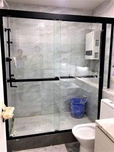 浴屏訂造服務